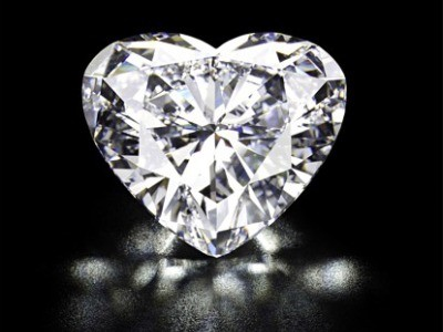 christies-diamante-cuore.jpg